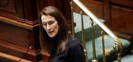 L'opposition très critique à la Chambre envers Sophie Wilmès