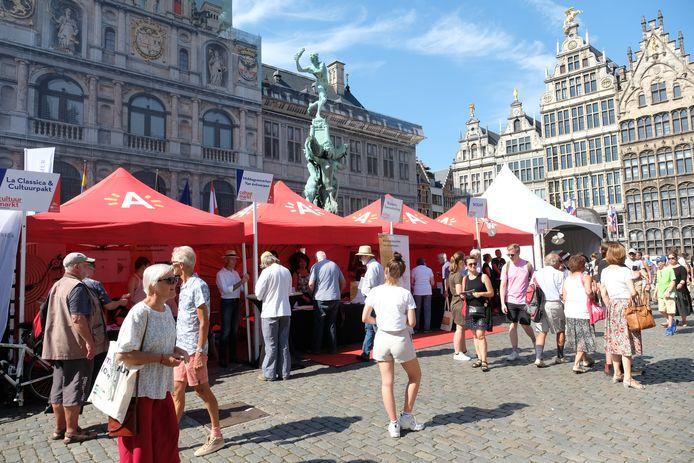 De Cultuurmarkt in Antwerpen zal dit jaar niet kunnen doorgaan wegens de coronamaatregelen.