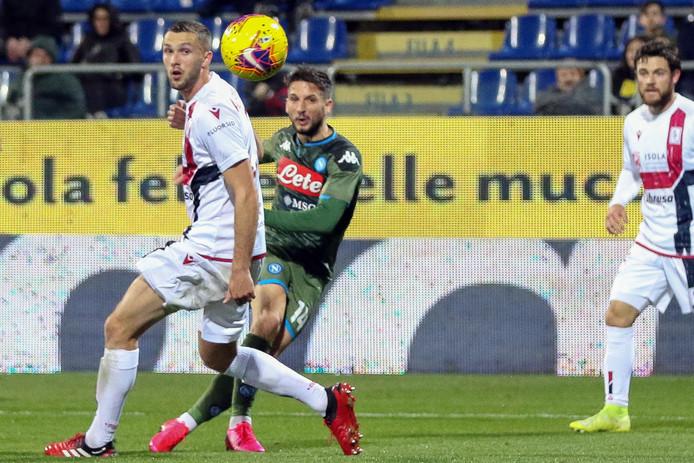 Dries Mertens tekent op fraaie wijze voor de enige treffer tegen Cagliari.