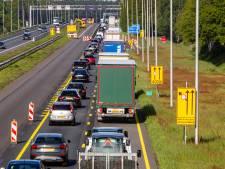 Rijkswaterstaat over file-estafette op A1: 'Beter alle hinder in één keer'