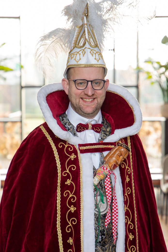Nieuwe carnavalsprins Saxso Mark Pijnenburg van de Lappelekkurs Hoogeloon
