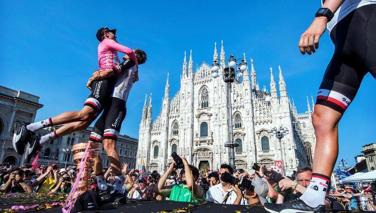 Ontlading bij Dumoulin na zijn overwinning in de 100e Giro Beeld Klaas Jan van der Weij