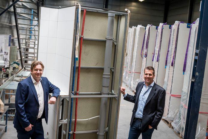 De directieleden Ben Löwik (rechts) en Edwin Plegt van Löwik Installatiegroep doen de komende maanden langzaam een stapje terug.