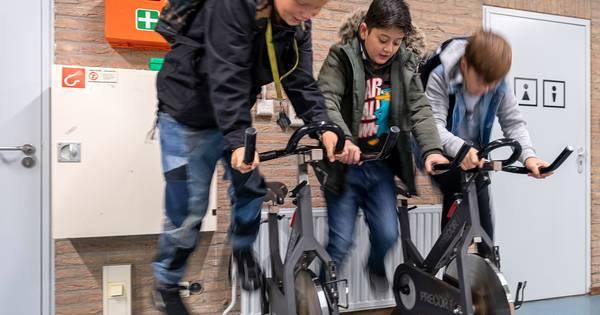 Deze school wil jongens net zo goed laten presteren als meisjes - AD.nl