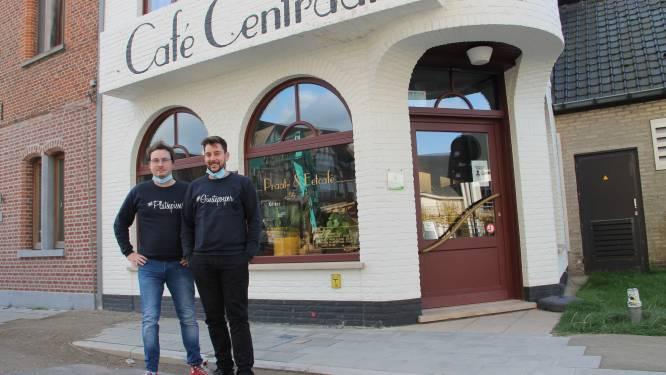 Bestel bij Café Centraal eens een Platsepisser of Ginstepoeper aan huis