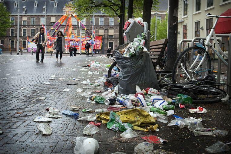 Afval na Koninginnenach in Den Haag. (ANP) Beeld ANP
