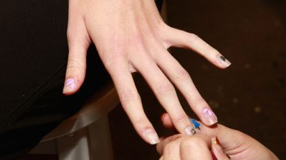 Tien nail shops verzegeld door zwartwerk