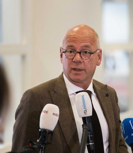 Burgemeester Rheden doet dringende oproep aan horeca: handhaaf de coronaregels