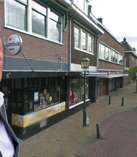 Frits Wester nu eigenaar van zijn stamkroeg