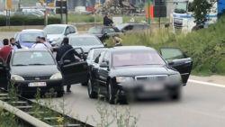 Twee mannen vallen bestuurder van Mercedes aan in geval van verkeersagressie aan oprit Antwerpse ring