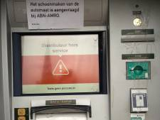 Pinautomaten in Berkelland vol lijm gespoten