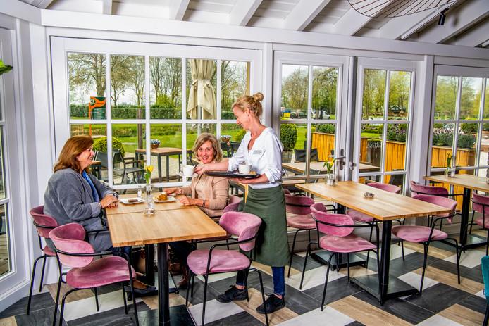 Het restaurant is grondig onderhanden genomen. Ook de naam is anders: Kameryck heet nu 't Ryck.