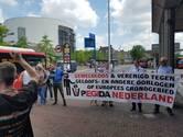 Pegida-aanhangers van Enschede naar Hengelo en Borne