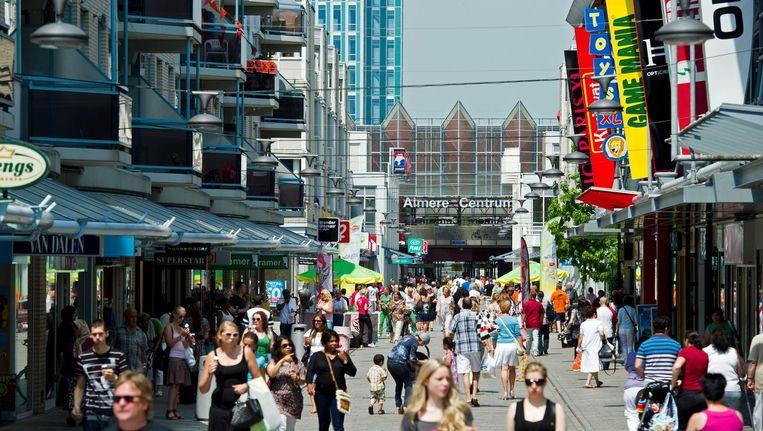 Winkelcentrum van Almere Beeld anp