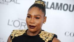 Serena Williams getrouwd in gigantische kanten designjurk