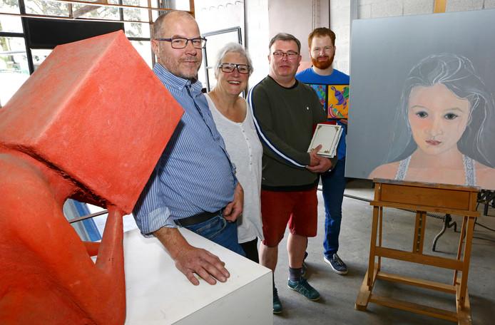 Vlnr Ton van Gilst, Marjon van den Berg, Jasper Bos en Ian Collins.