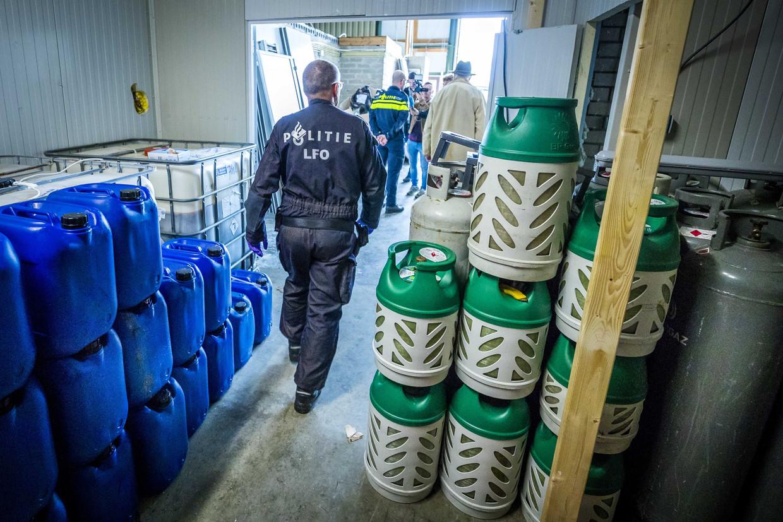 De ontruiming van een groot drugslab in Kerkrade, eind vorig jaar.