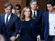 Felicity Huffman verlaat gevangenis dag eerder