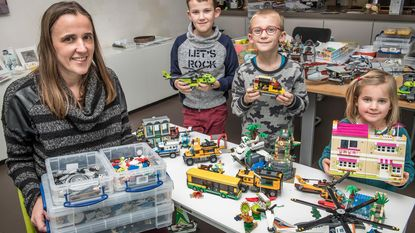 Huur eens een bouwdoos van Lego (maar wel 50 cent boete per verloren blokje)