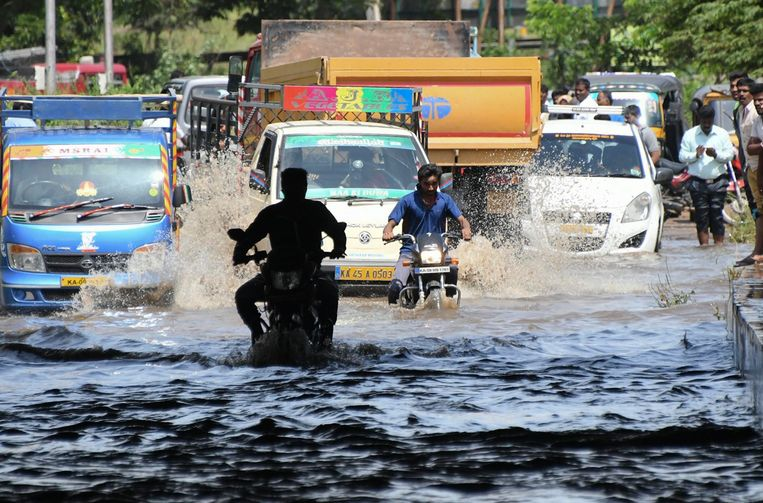 Dodentol door moessonregens is opgelopen tot 190 in India.