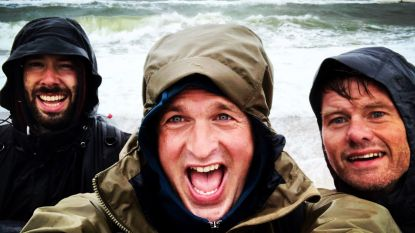 """Arnout Hauben loopt 5.000 km langs de Noordzee: """"Alles kon. Als het water maar rechts van ons lag"""""""