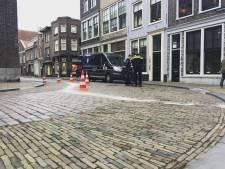 Opnieuw botsing met poller in Dordrecht: 'voor de zoveelste keer, één voertuig per keer'