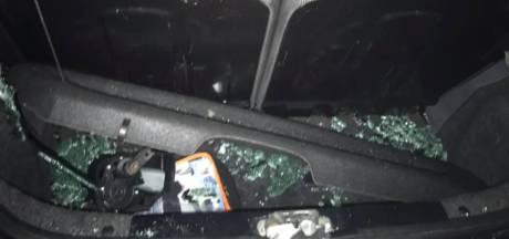 Emma (24) ziet hoe kinderen in Veghel haar complete Toyota Aygo vernielen: 'Een grote ravage'