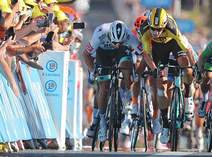 Peter Sagan in duel met Wout van Aert in de Tour van vorig jaar.