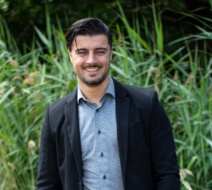 Onur Yildirim (27) is nu vier jaar technisch consultant bij VNOM Technisch Uitzendbureau.