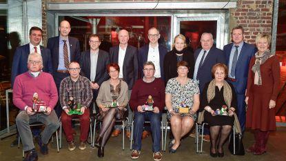 Stad en OCMW Roeselare zwaaien gepensioneerden uit