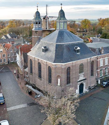 Ravenstein eist overleg over Luciakerk en roept hulp van bisschop in