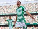 Joaquín (38) maakt hattrick binnen 20 minuten
