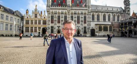 """442 speeches in 7 maanden voor burgemeester De fauw: """"Ik schrijf ze niet allemaal zelf"""""""