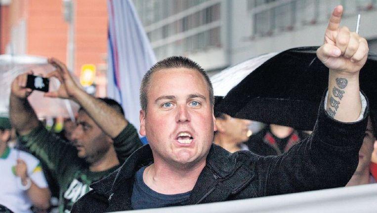 Relschoppers, gelegenheidsdemonstranten en ideologen liepen mee in de demonstratie in de Haagse Schilderswijk. Beeld Inge van Mill, HH