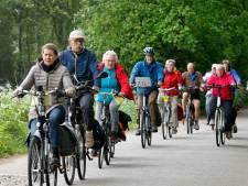 Vijf nieuwe ANWB-fietsroutes langs linie bij Heusden