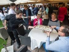 Lionsclub Etten-Leur eet asperges voor het goede doel