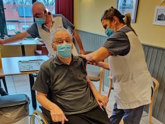 Vaccinaties in Dendermondse rusthuizen gestart: bewoners Kasteelhof eerst aan de beurt