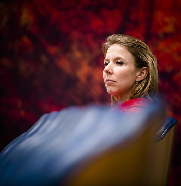 Staatssecretaris Stientje van Veldhoven van Infrastructuur en Waterstaat tijdens het Vragenuurtje in de Tweede Kamer.