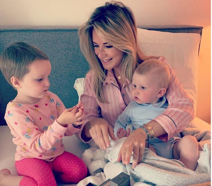 Chantal Bles met dochter Jada en zoon Josh.