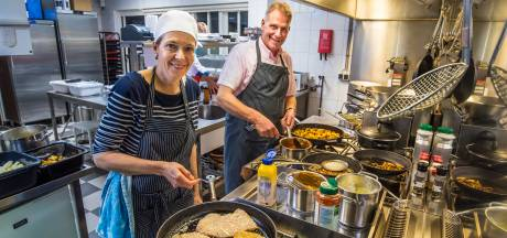 Restaurant Rouwers en Pan: 'Dan maar weer eten ophalen, want we gaan niet stilzitten'