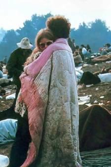 Le célèbre couple de Woodstock retourne sur la plaine du festival 50 ans plus tard