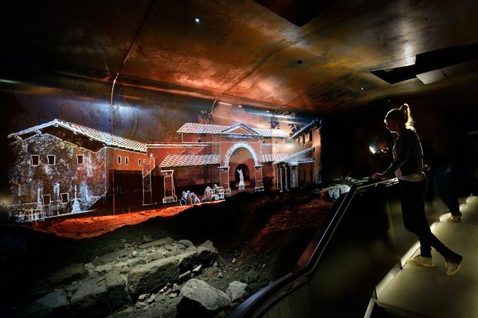 In DOMunder kunnen bezoekers met behulp van slimme zaklantaarns 2000 jaar Utrechtse geschiedenis ontdekken.