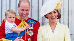 """""""God save the king"""": wat betekent het voor prins William, Kate en de kinderen als Charles binnenkort koning wordt?"""