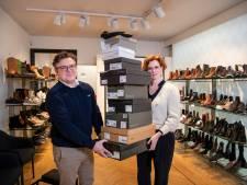 Peter Rijkers zag hoe online binnenkwam. Nu wil hij met zijn fysieke schoenenwinkel terrein heroveren op webshops, straks na corona