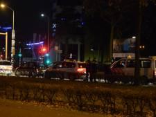 Politie rijdt auto klem in Nijmegen, bestuurder aangehouden