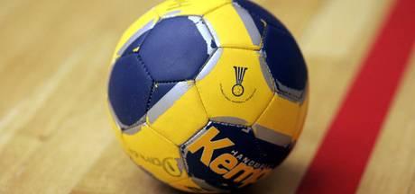 Eerste thuiszege voor handbalsters Kwiek