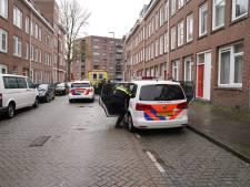 Man (70) raakt gewond bij steekpartij in woning in Tarwewijk, Rotterdammer aangehouden