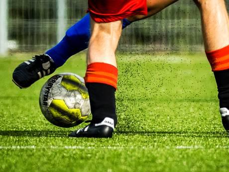Europees onderzoek: Geen grote risico's aan sporten op kunstgras