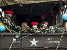 Eerste carnavalsoptocht van Twente trekt door Delden