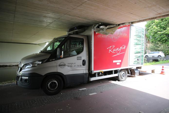 De inschattingsfout zorgde voor flinke schade aan het voertuig
